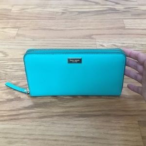 Kate Spade turquoise saffiano wallet